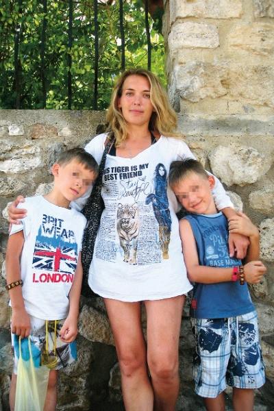 Озеро слез: как живут семьи детей, погибших в Карелии