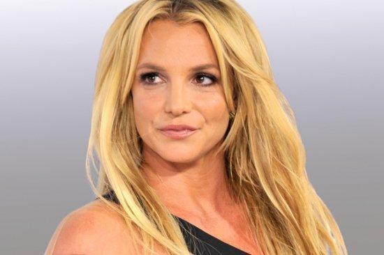 Бритни Спирс обижают обвинения в пении под фонограмму