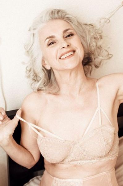 61-летняя российская модель представила марку нижнего белья