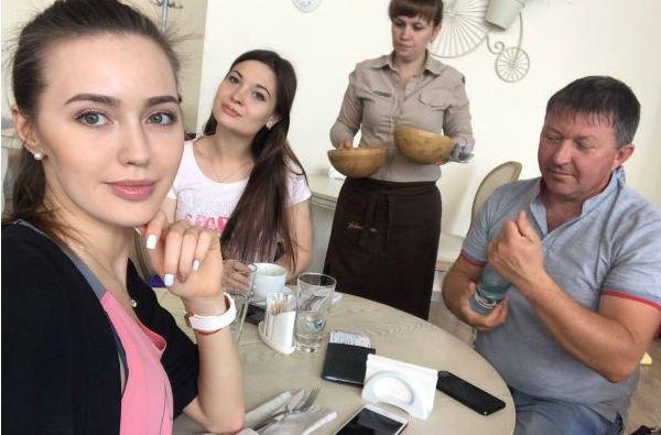 Анастасия Костенко решила ответить на слухи об изменах