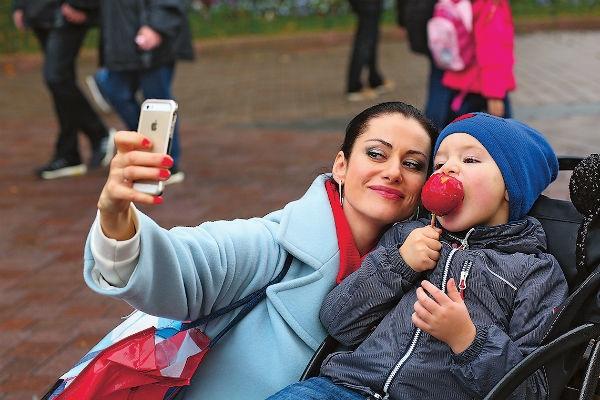 Анна Ковальчук: «Сын вставал на пороге: «Мама, я не пущу тебя!»