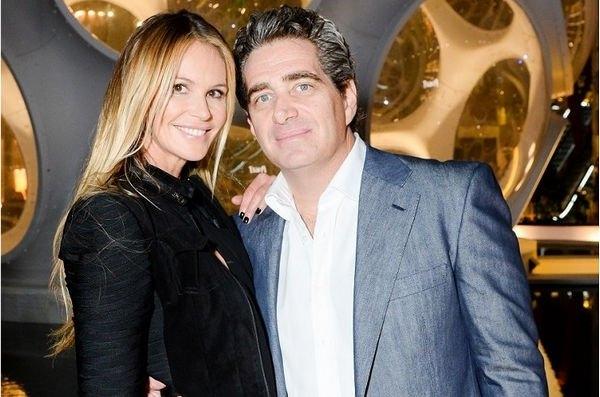 Эль Макферсон разводится со своим супругом