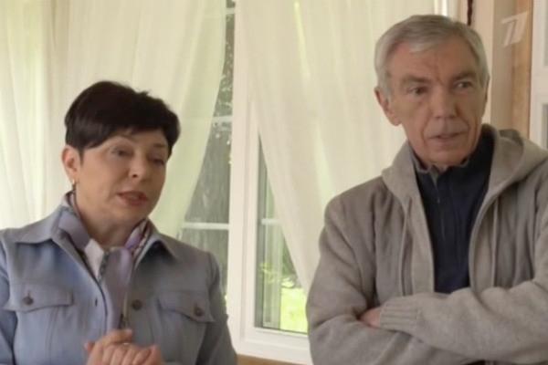 Юрию Николаеву построили роскошную беседку на загородном участке