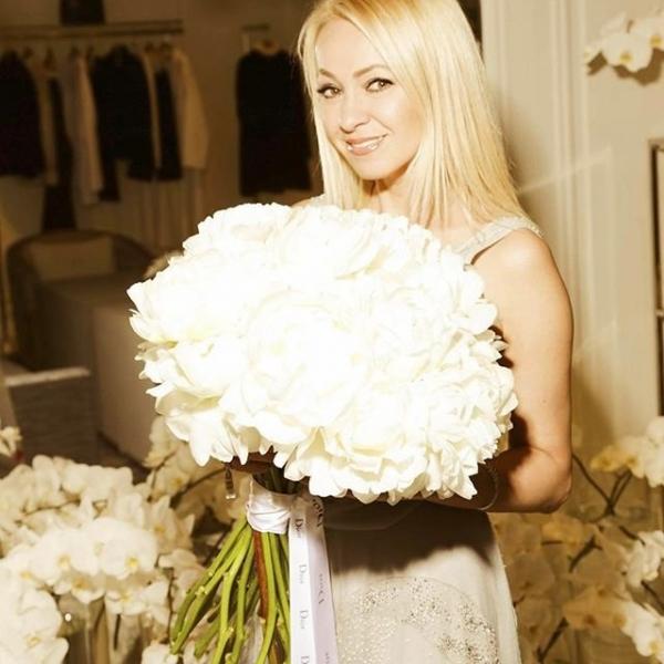 Яна Рудковская устроила пышный девичник перед венчанием с Евгением Плющенко