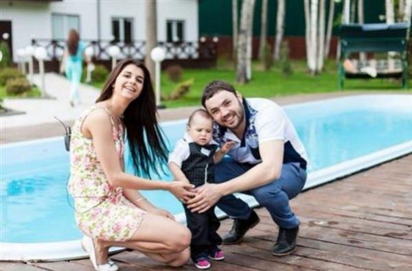 Алиана прокомментировала развод с Александром Гобозовым