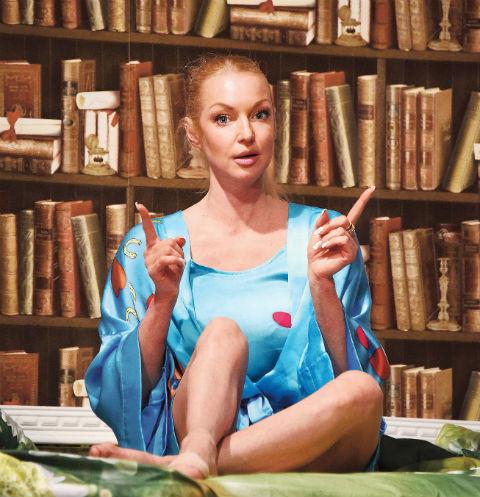 Нож в спину: как Волочкова, Кудрявцева и Калашникова пострадали от своего персонала