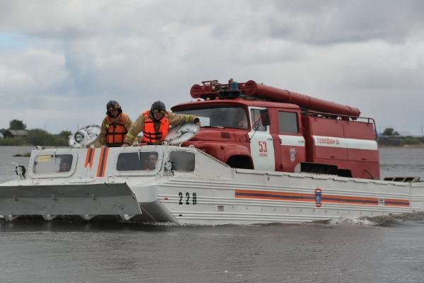 Мужчины с детьми погибли при крушении лодки под Челябинском