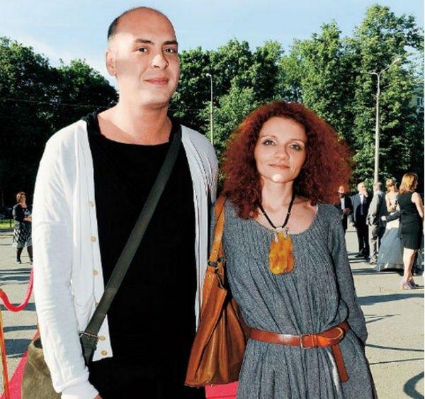 Антон Привольнов с женой оформили развод