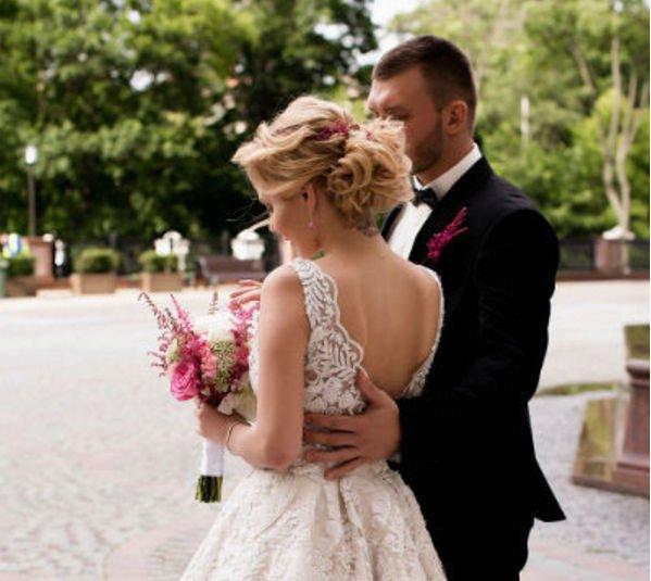 Саша Project оформила отношения с возлюбленным