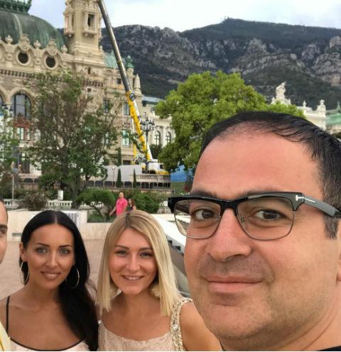 Семьи Алсу, Мартиросяна и Урганта зажигают на итальянских пляжах