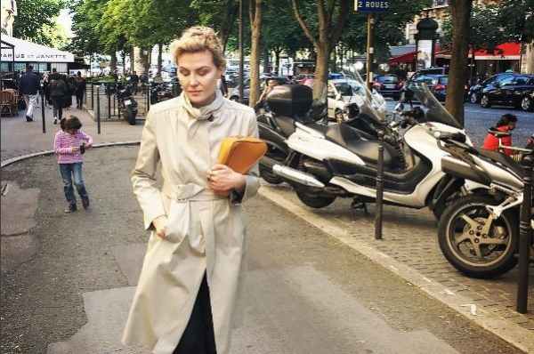 Рената Литвинова показала новую стрижку