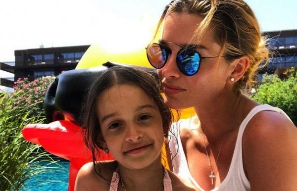 На отдыхе в Турции Ксения Бородина поразила откровенным снимком в бикини