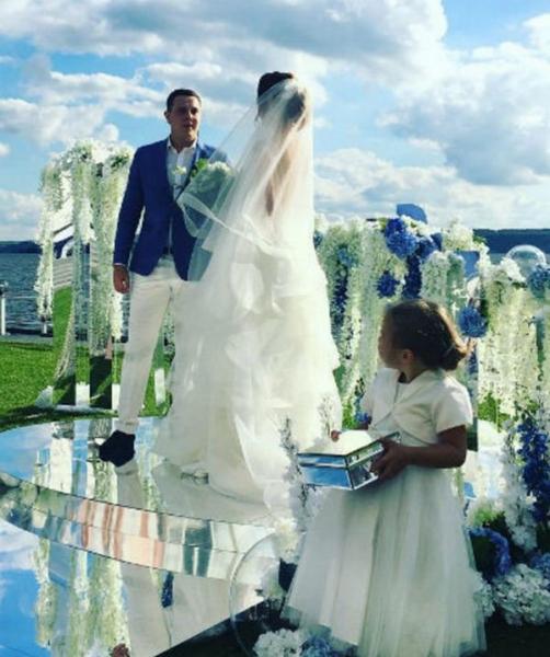 Дарья Канануха вышла замуж
