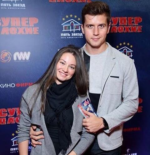Денис Косяков трогательно поблагодарил жену за второго сына