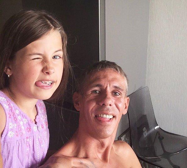 Дочь Алексея Панина не скучает по своей маме