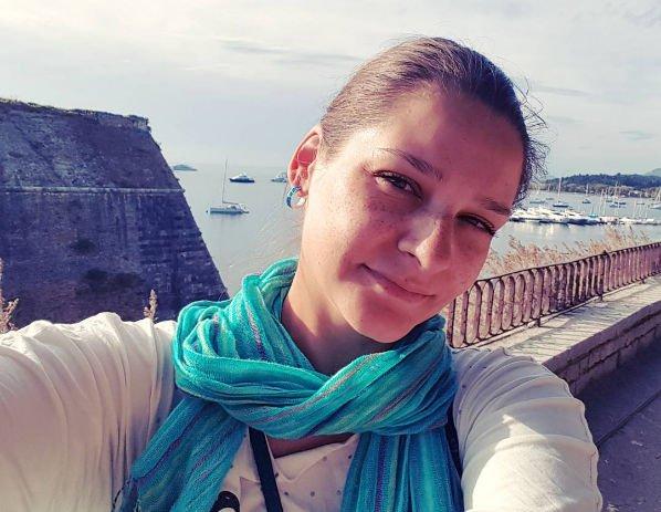 У беременной Глафиры Тархановой возникли проблемы в аэропорту