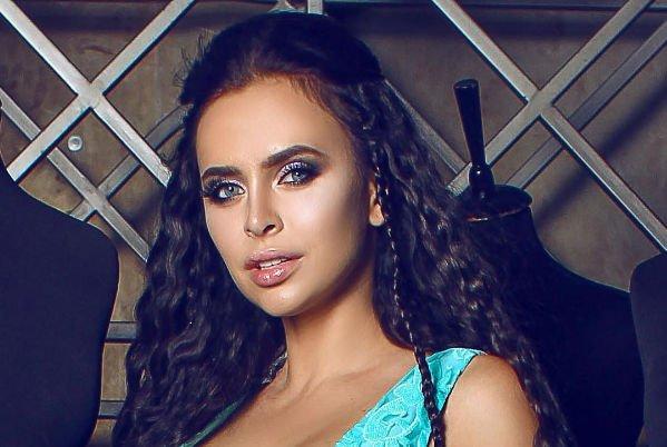 Виктория Романец ответила на критику Лолиты