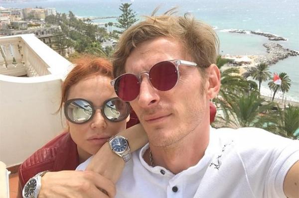 Павел Воля показал пляжное фото супруги Ляйсан Утяшевой