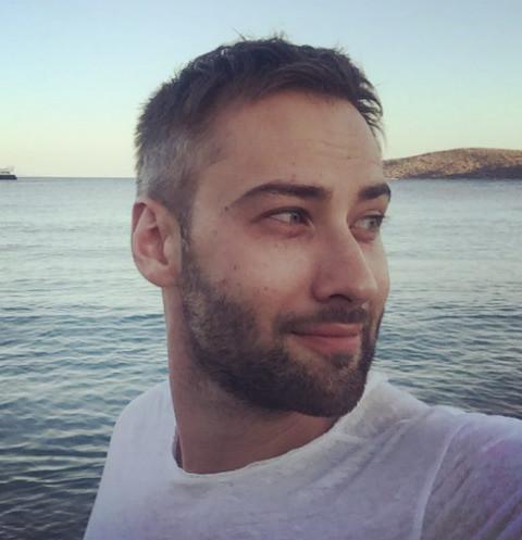 Дмитрий Шепелев наслаждается райским отдыхом с Платоном