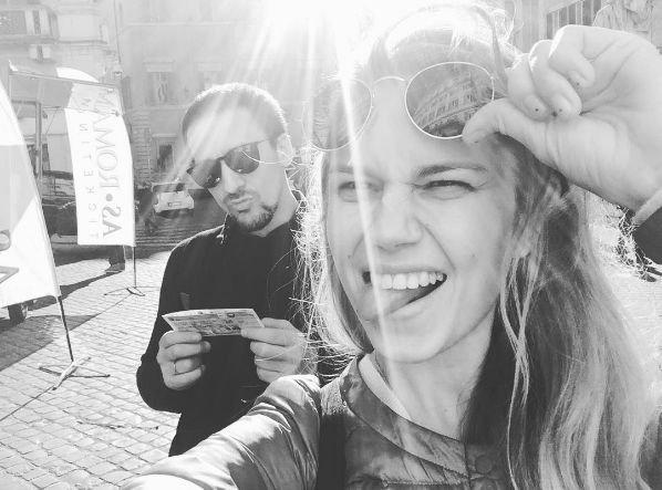 Дарья Мельникова не собирается показывать лицо своего сына