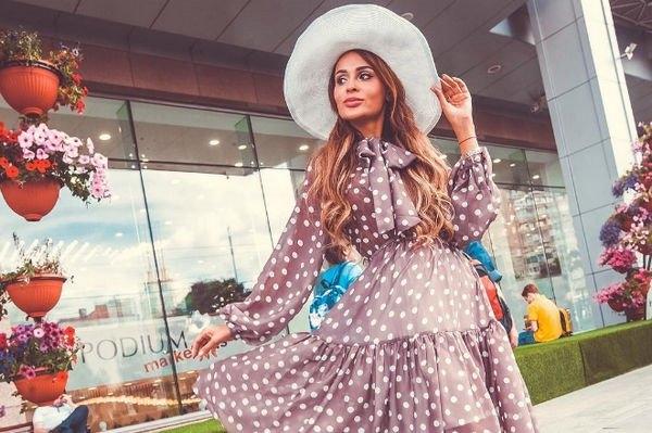 Анна Калашникова блеснула своими пышными формами в белье