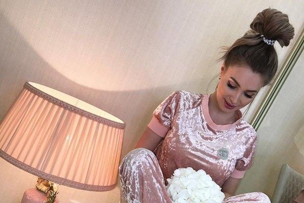 Евгения Феофилактова резко ответила на слухи о свадьбе