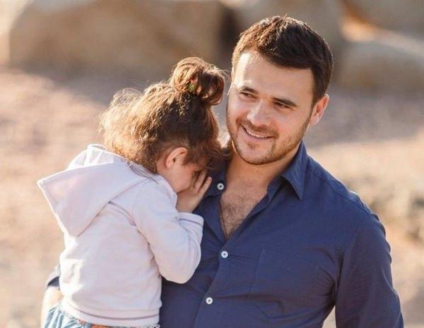 Эмин показал подросшую приемную дочь бывшей жены