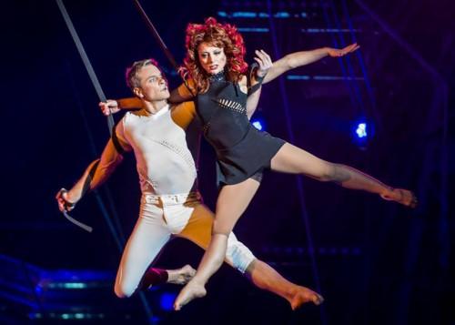 Российская воздушная гимнастка Мальвина Абакарова сорвалась во время выступления в Швейцарии