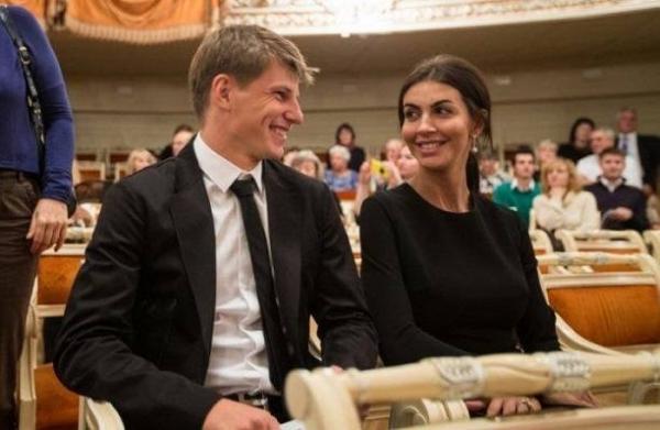 Юлия Барановская препятствует встречам Аршавина с родными детьми