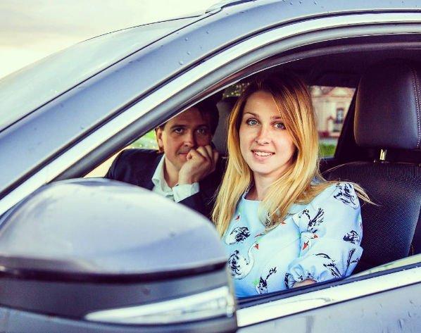 Денис Матросов вынужден повременить со свадьбой