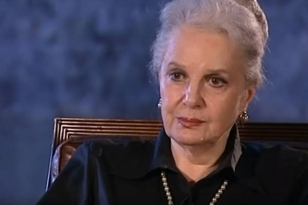 Элина Быстрицкая рассказала о своем здоровье после внезапной госпитализации