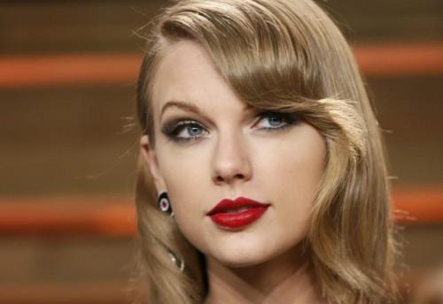 Тейлор Свифт дала показания в суде о нападении