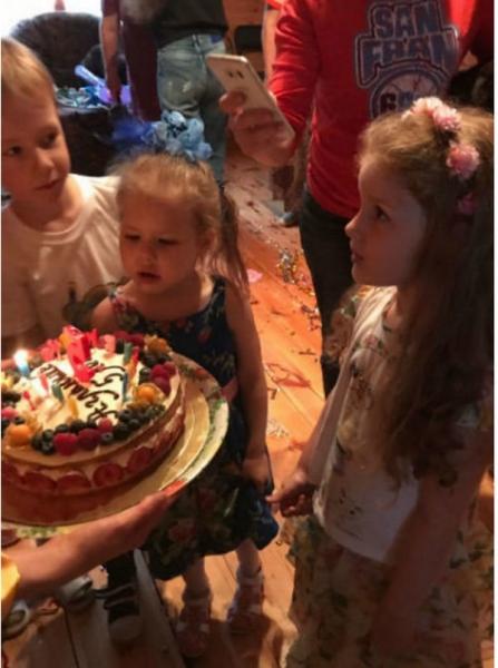 Елена Бирюкова организовала дочери роскошный праздник