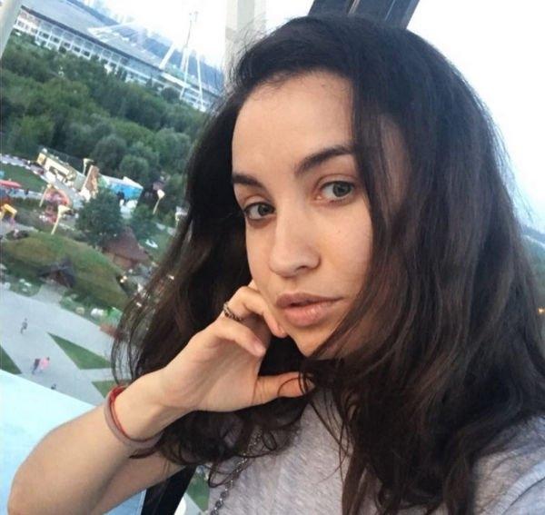 Виктория Дайнеко упала в обморок в аэропорту
