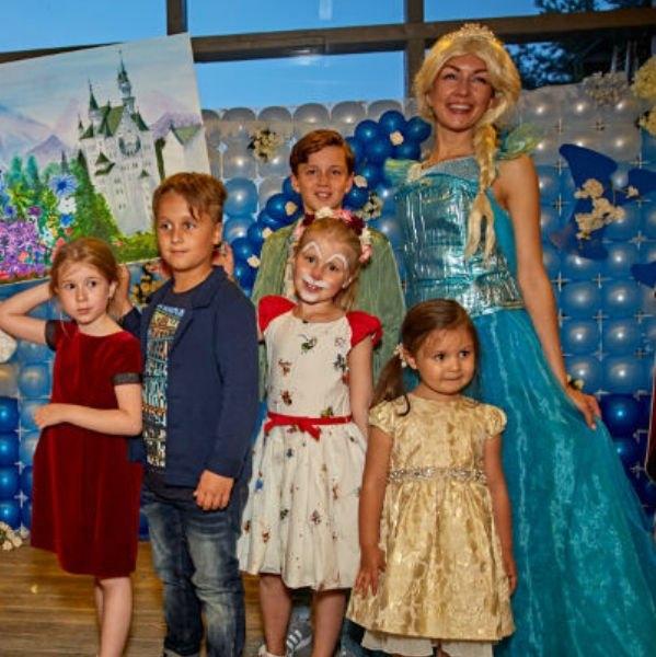 Аркадий Укупник организовал дочери шикарный праздник в честь дня рождения