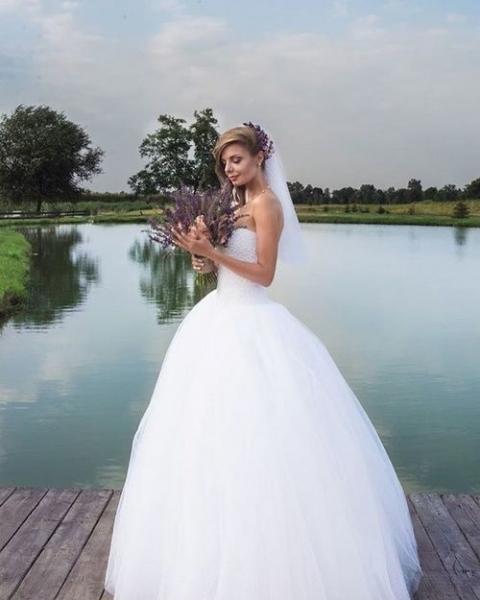 Скандальная звезда «Дома-2» Ольга Сокол сыграла свадьбу