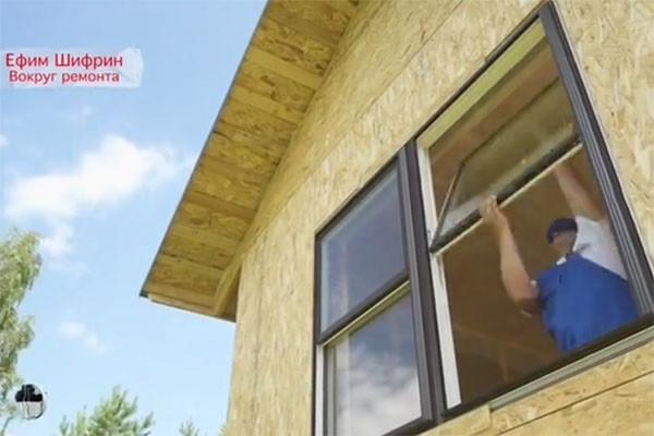 Ефим Шифрин возвел дом своей мечты на подмосковной даче