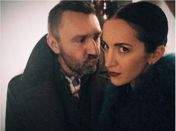 Сергей Шнуров не жалеет огромных сумм денег на жену