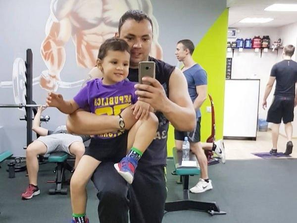 Александр Гобозов рассказал о том, что его сын отказывается жить с мамой