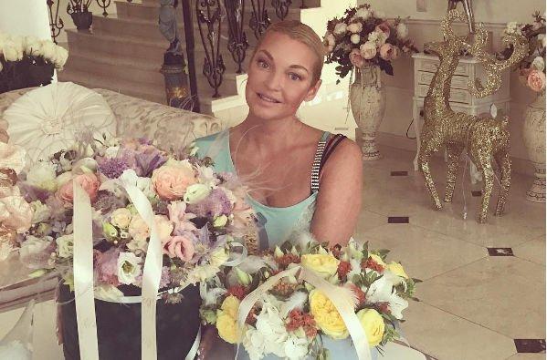 Анастасия Волочкова поведала детали предстоящей свадьбы
