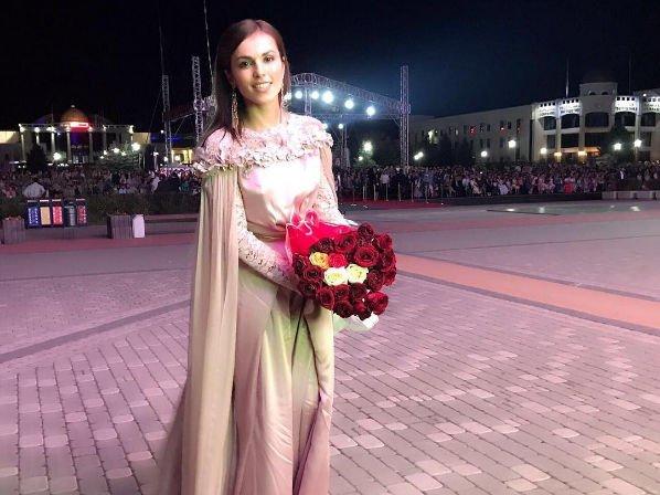 Сати Казанова впервые откровенно поведала о своем женихе