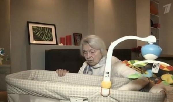 Экс-супруга Казаченко показала, в каких условиях живет с ребенком