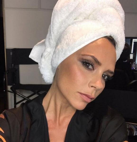 Виктория Бекхэм поведала о том, как поддерживает шикарный внешний вид