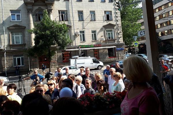В Москве проходит прощание с Верой Глаголевой