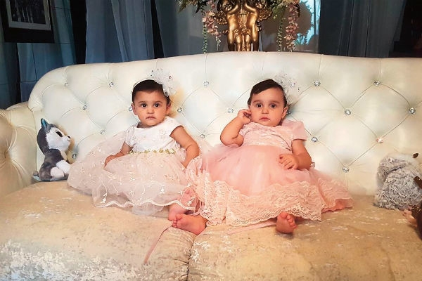 Александр Бердников крестил дочерей