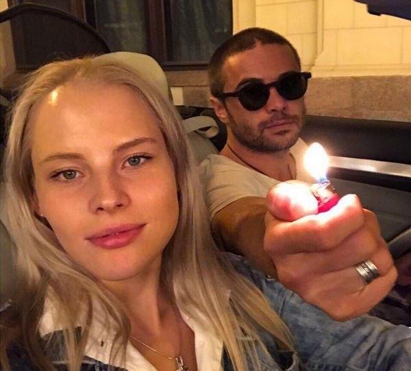 Фанаты уверены, что Илья Глинников сыграл тайную свадьбу