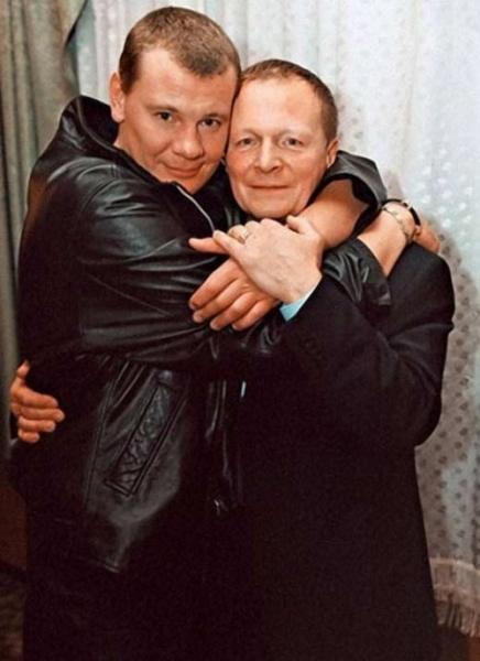 Дочь Бориса Галкина родилась раньше срока