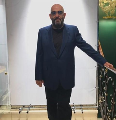Михаил Шуфутинский отстроил подмосковную дачу к юбилею