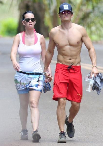 Кэти Перри и Орландо Блум провели романтические выходные на пляже