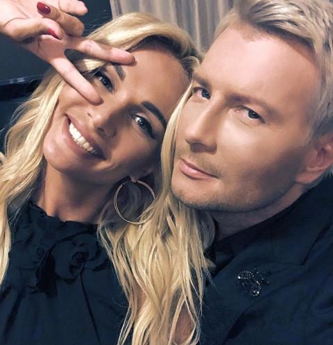 Николай Басков и Виктория Лопырева раскрыли правду о свадьбе в прямом эфире